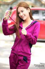 Женский спортивный костюм бордовый