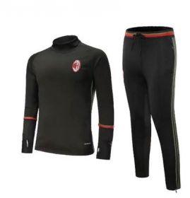 Футбольный тренировочный костюм Милан