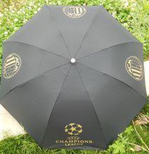 Зонт футбольного клуба Милан