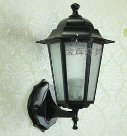 Настенный уличный светильник 32 см